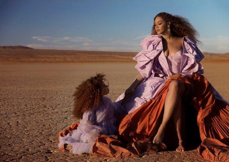 Comper! Blue Ivy Carter canta con Beyoncé un tema de «El Rey León» y así marca su debut como cantante
