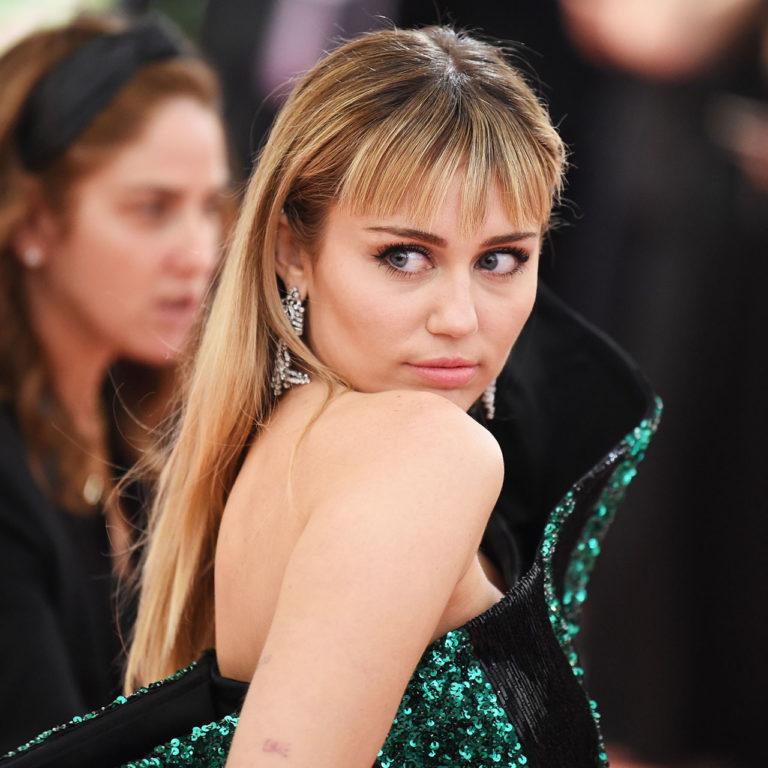 Miley Cyrus lanza nueva canción y todo mundo  piensa que es sobre su ruptura